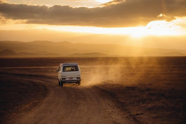 Podróże internacjonalne czy musimy podróżować prywatnym samochodem?