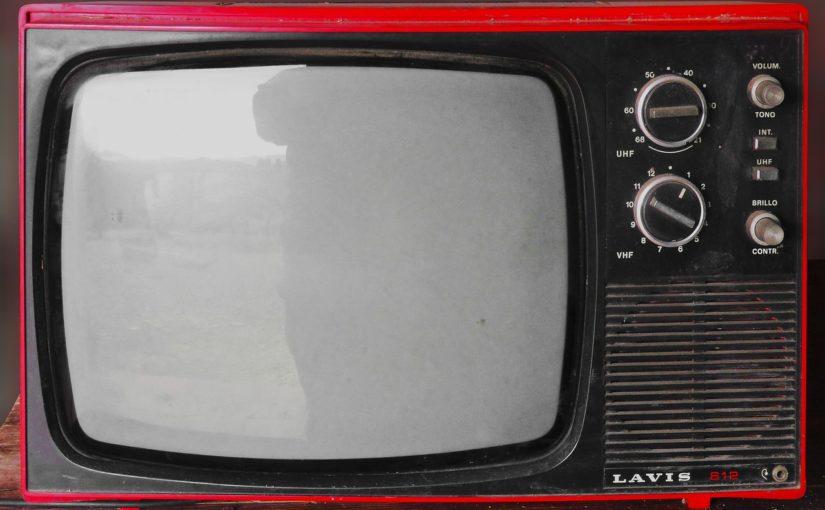 Wieczorny spokój przed telewizorem, lub niedzielne filmowe popołudnie, umila nam czas wolny ,a także pozwala się zrelaksować.